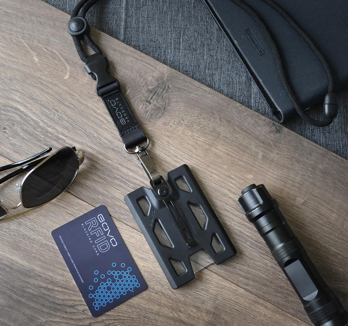 Govo Badge Holder Wallet Heavy Duty Lanyard Rfid